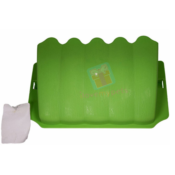 Kerry Hay Plastic Hay Holder