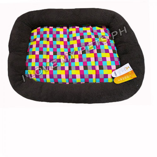 Hoopets plush rectangle dog bed, Checkered design washable, Brown, Small